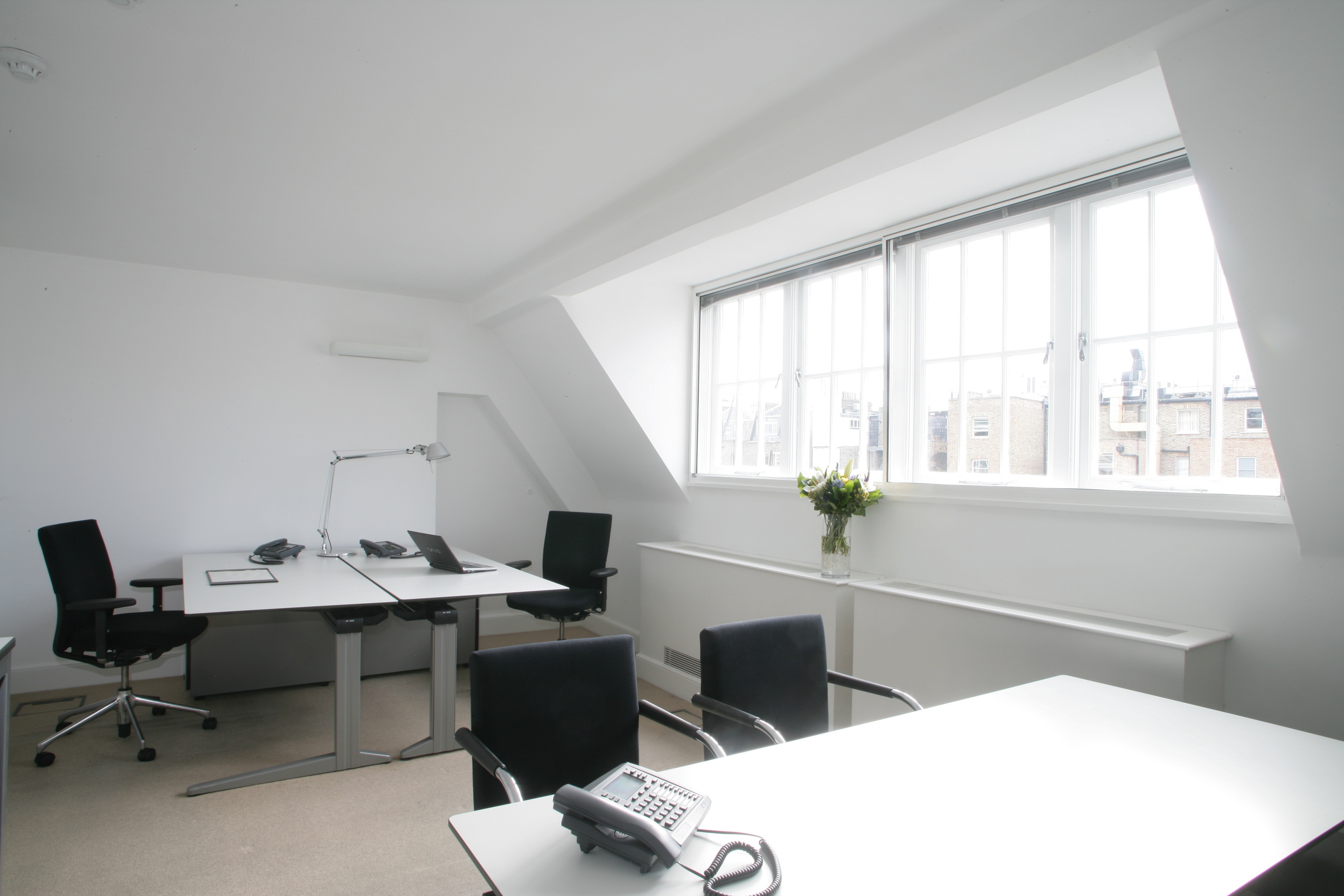 Small knightsbridge office space to rent 020 3434 3877 - Small office space rental collection ...
